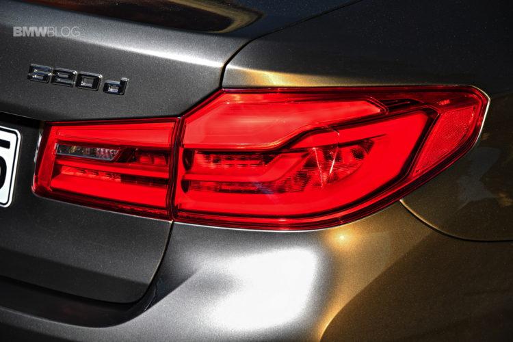 2017-BMW-520d-11