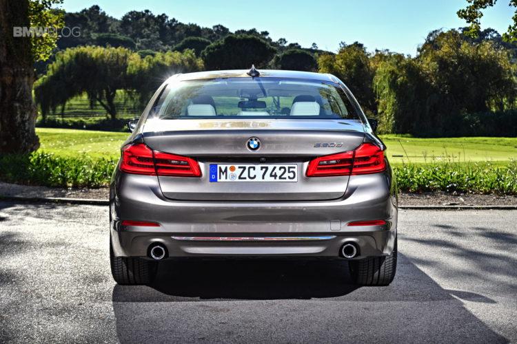 2017-BMW-520d-7