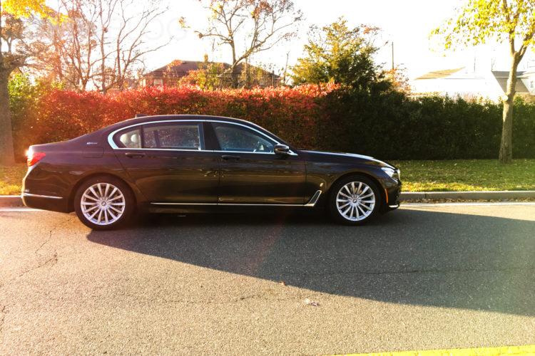 2017 BMW 740e 17 750x500