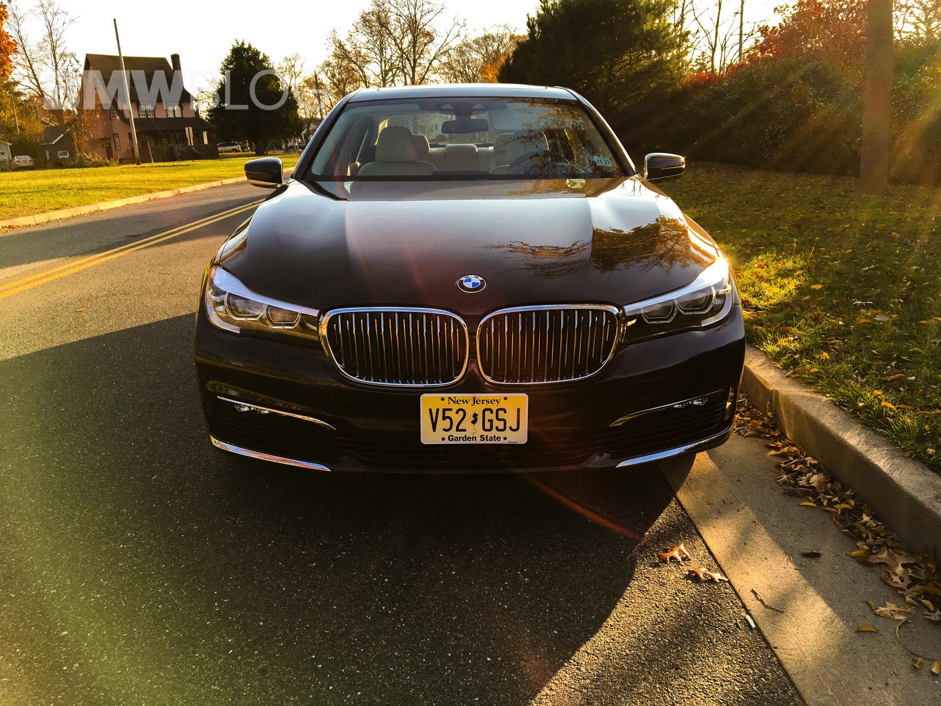 2017 BMW 740e 26