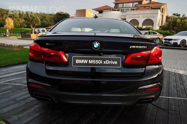 2017 BMW M550i images 15 750x500
