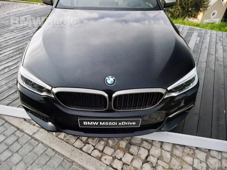 2017-BMW-M550i-images-18