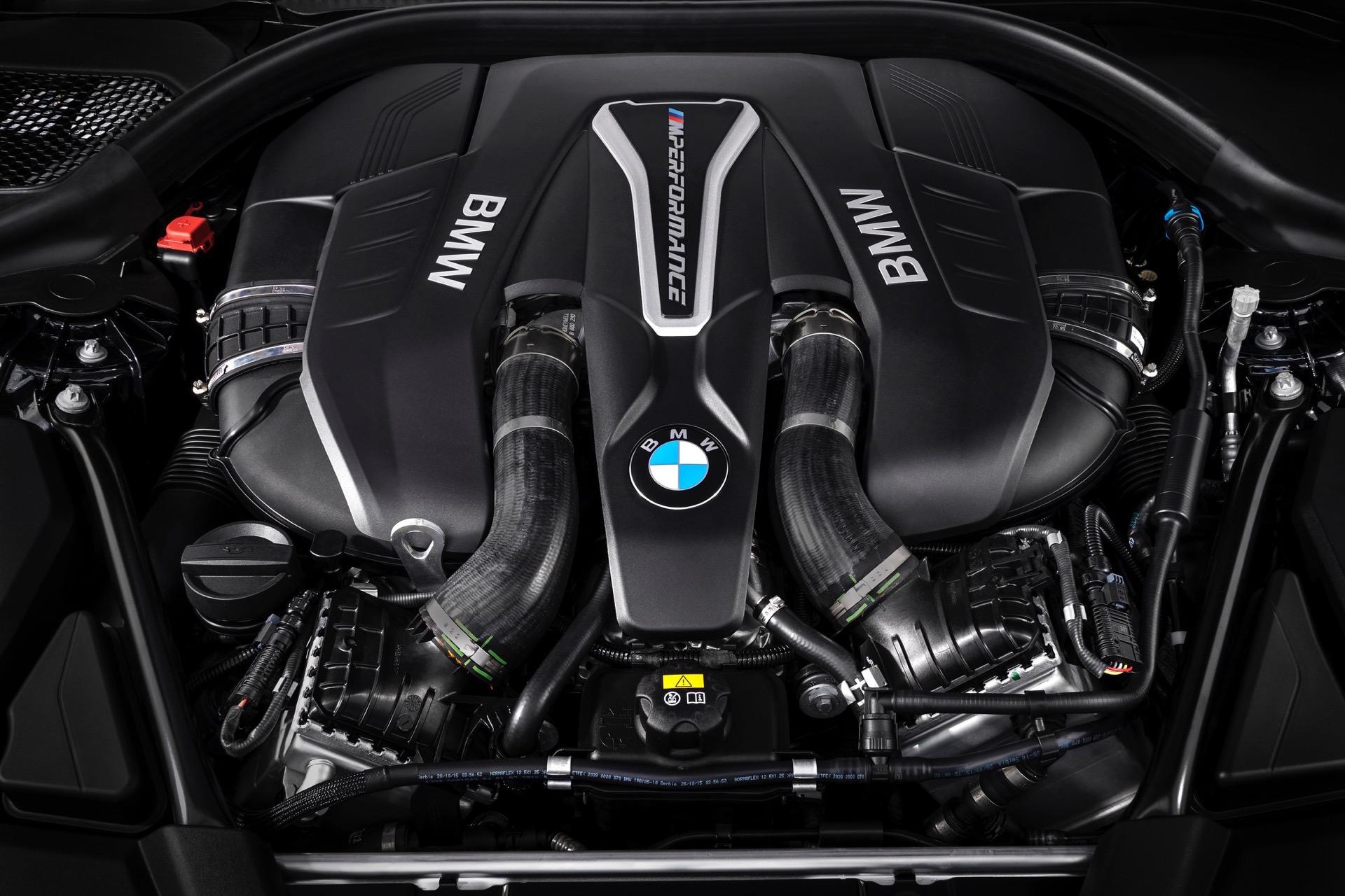 2018 BMW M550i xDrive M Performance16