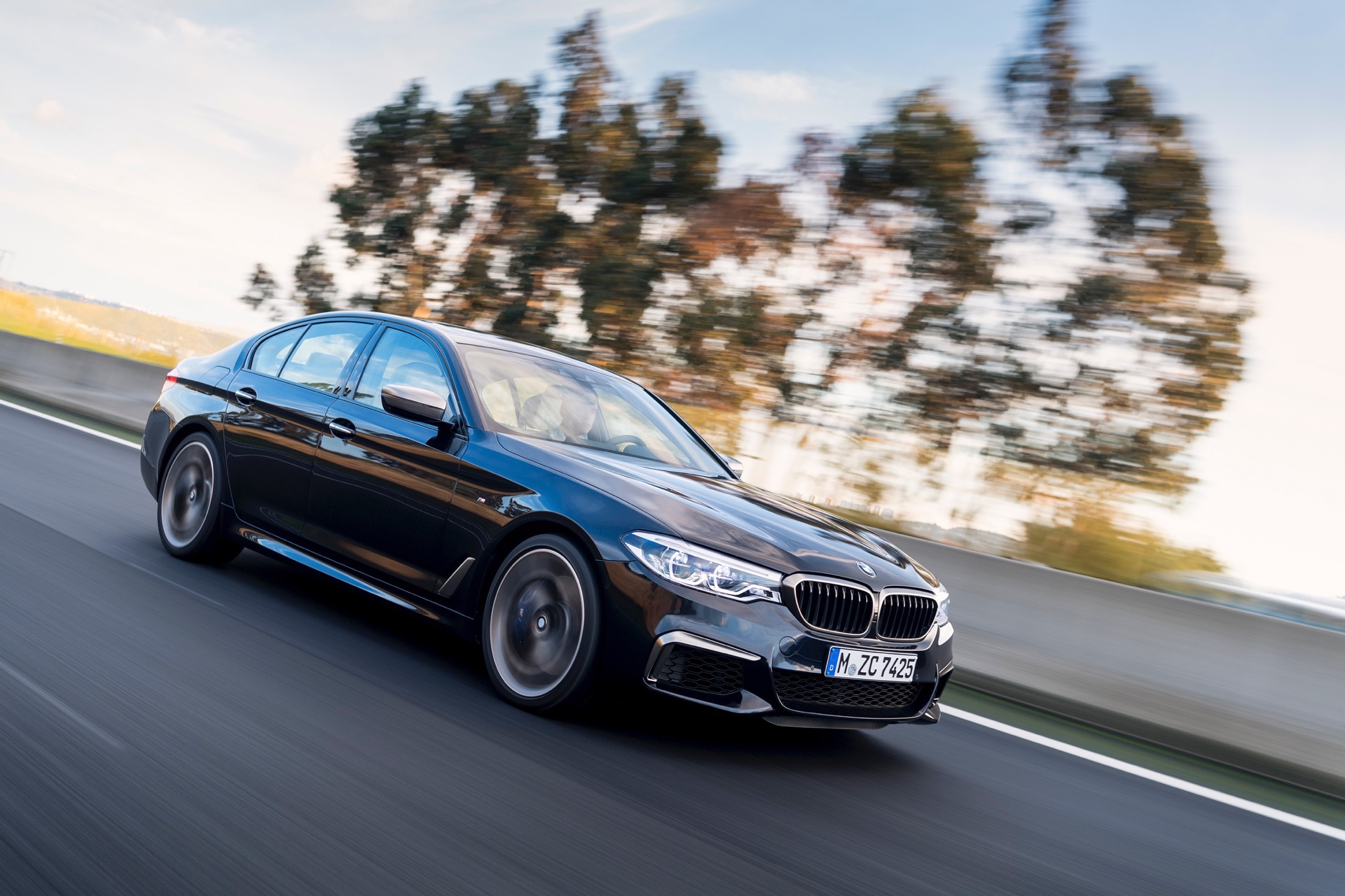 2018 BMW M550i xDrive M Performance25