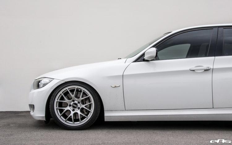 Alpine White BMW E90 335i Gets A Set Of Aftermarket Wheels 6 750x469