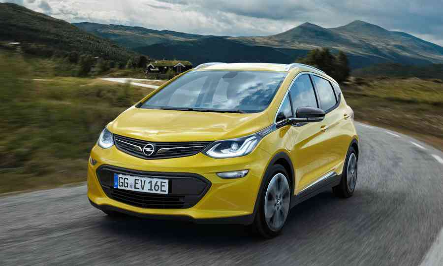Opel prices Ampera-e above BMW i3, Nissan Leaf