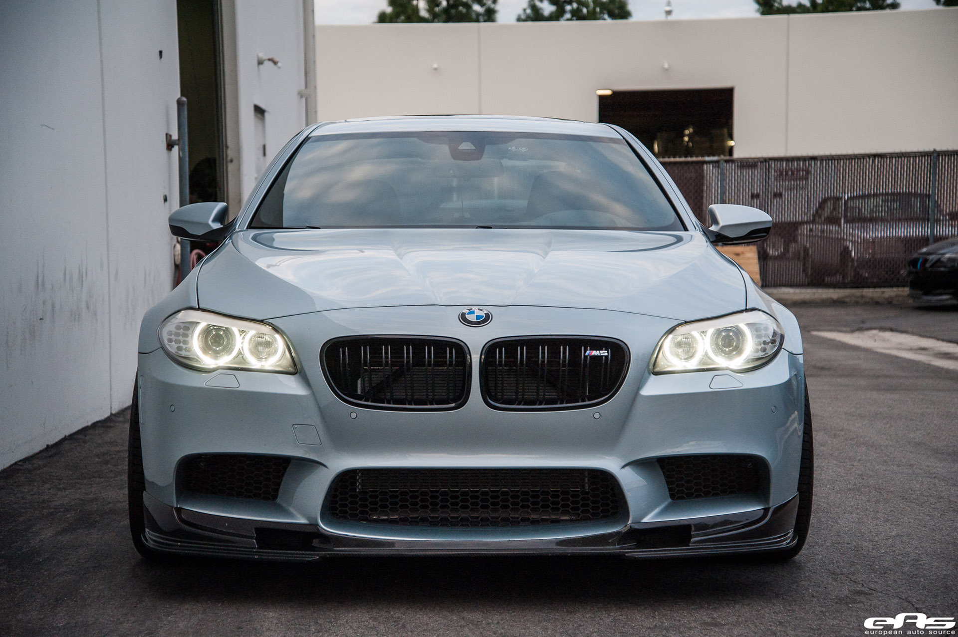 Silverstone Bmw M5 With Blue Wheels Amp A Custom Exhaust Installed