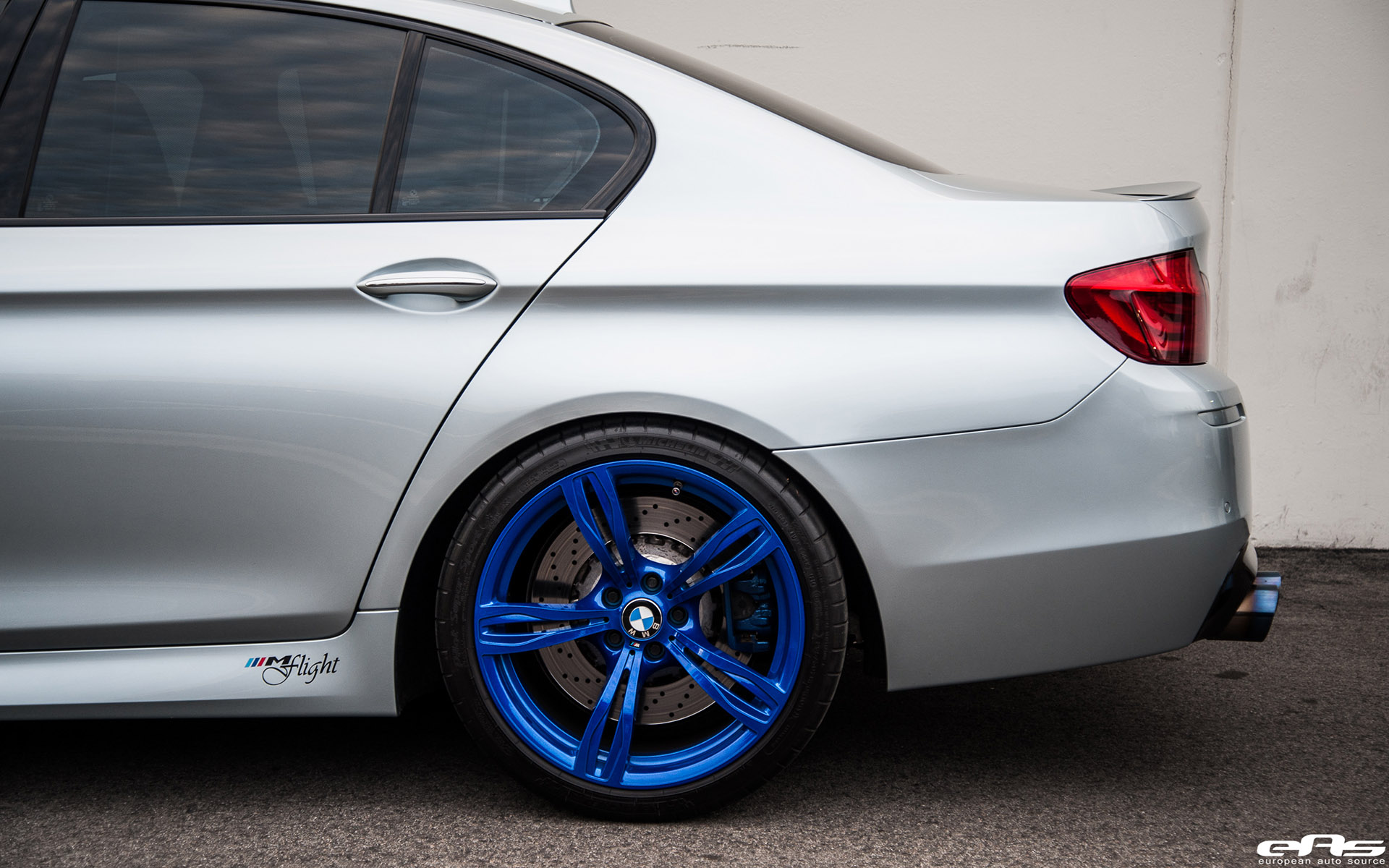 Silverstone BMW M5 With Blue Wheels & A Custom Exhaust Installed