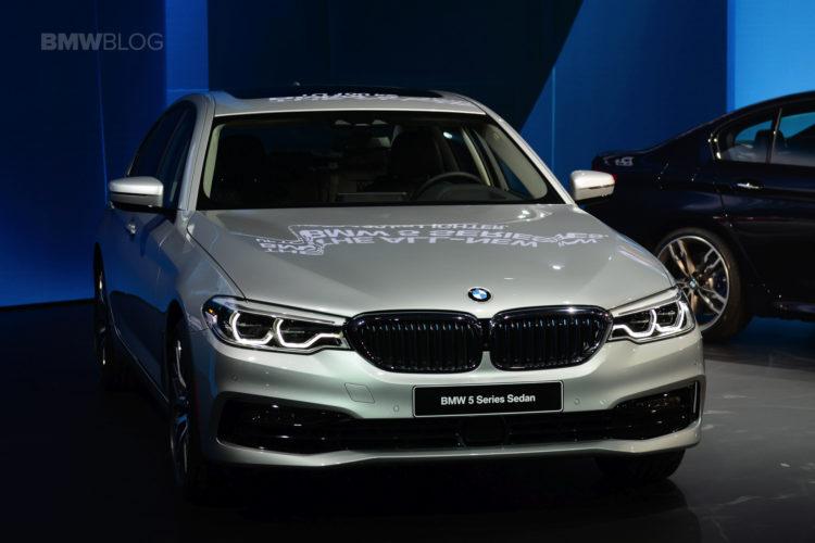 2017 BMW 5 Series Detroit 15 750x500