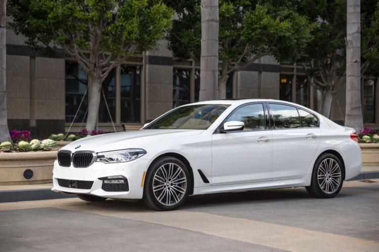 2017 BMW 5 Series G30117 750x500