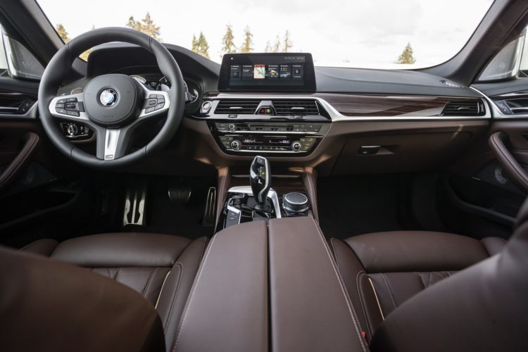 FIRST DRIVE: 2017 BMW 530i M Sport on bmw 320i indonesia, bmw 323i indonesia, bmw x3 indonesia, honda crv indonesia, range rover evoque indonesia, honda hr-v indonesia,