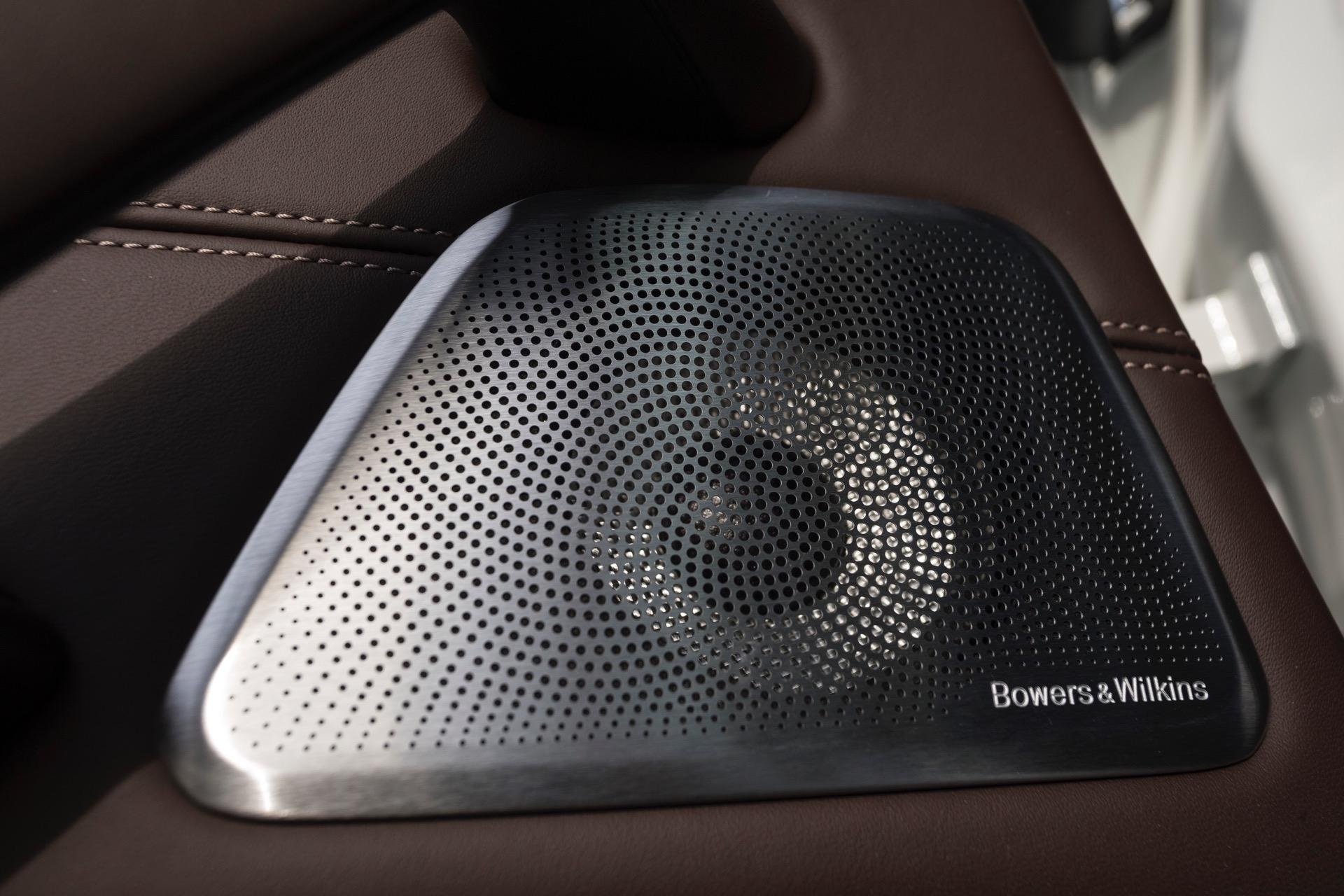 2017 BMW 5 Series G30137