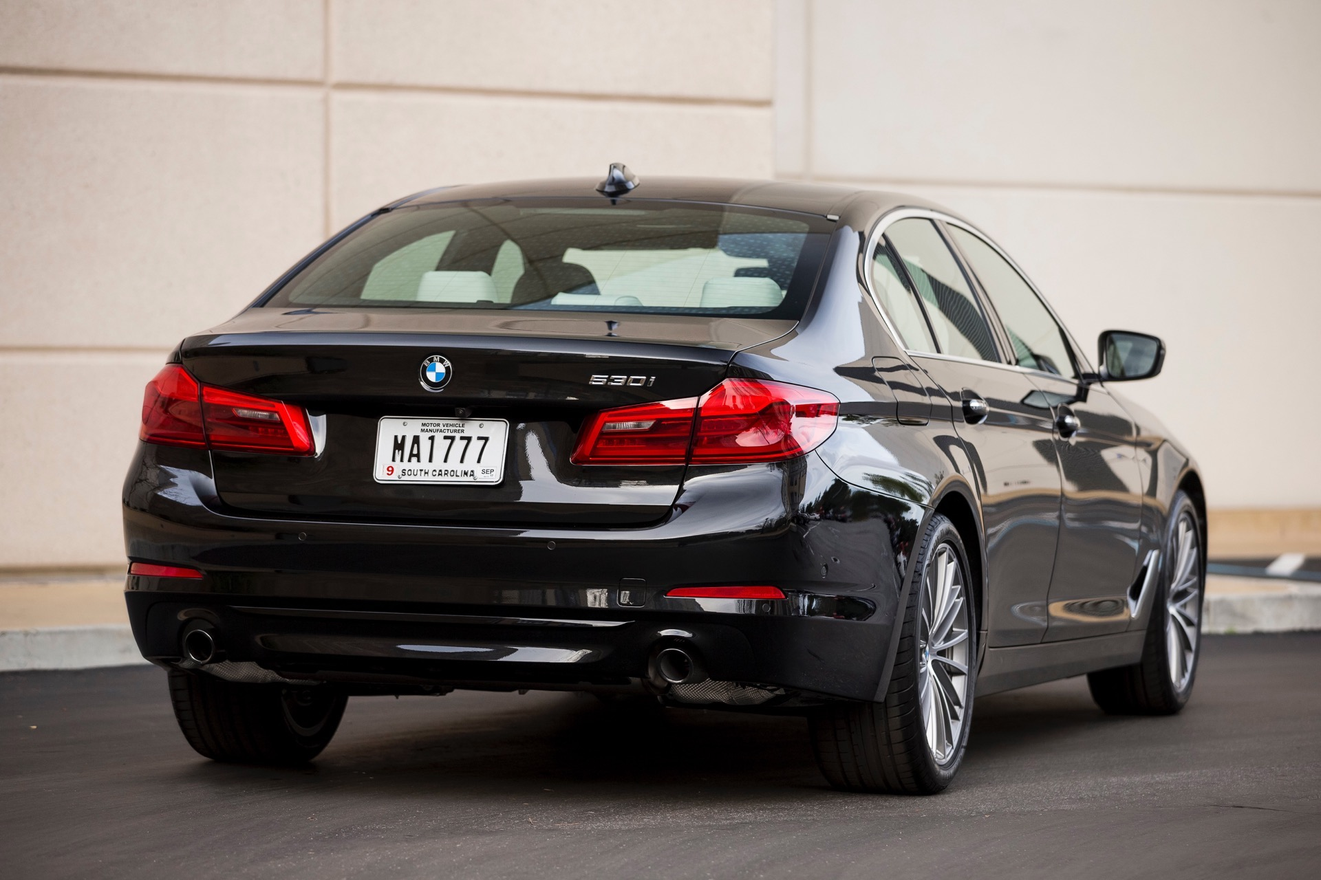 Mercedes Benz E 2017 Price >> FIRST DRIVE: 2017 BMW 530i M Sport