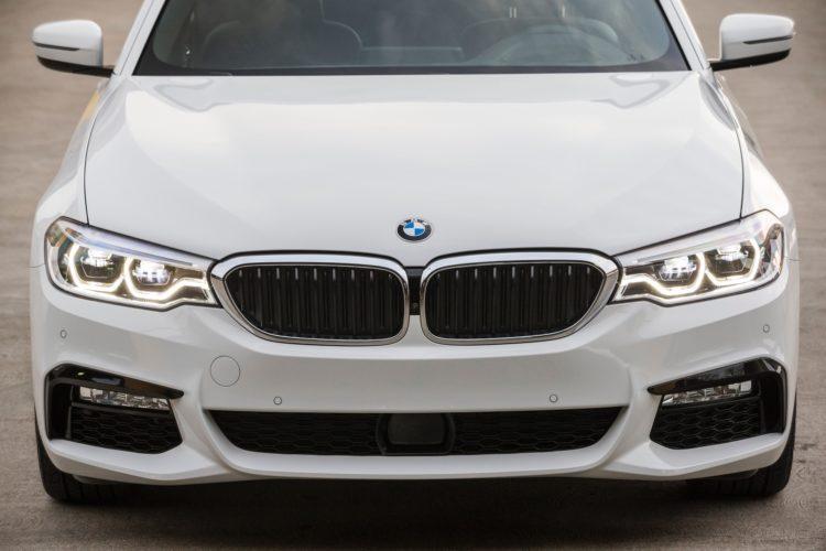 2017 BMW 5 Series G30196 750x500