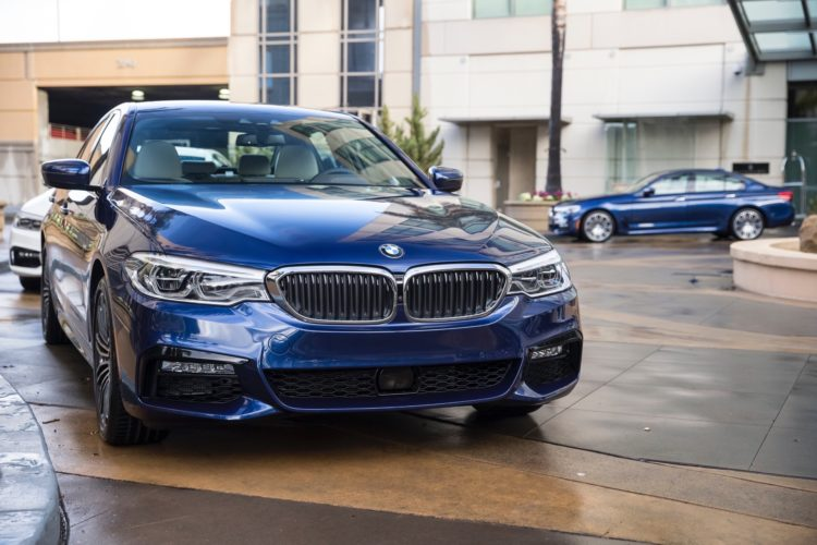 2017 BMW 5 Series G30206 750x500