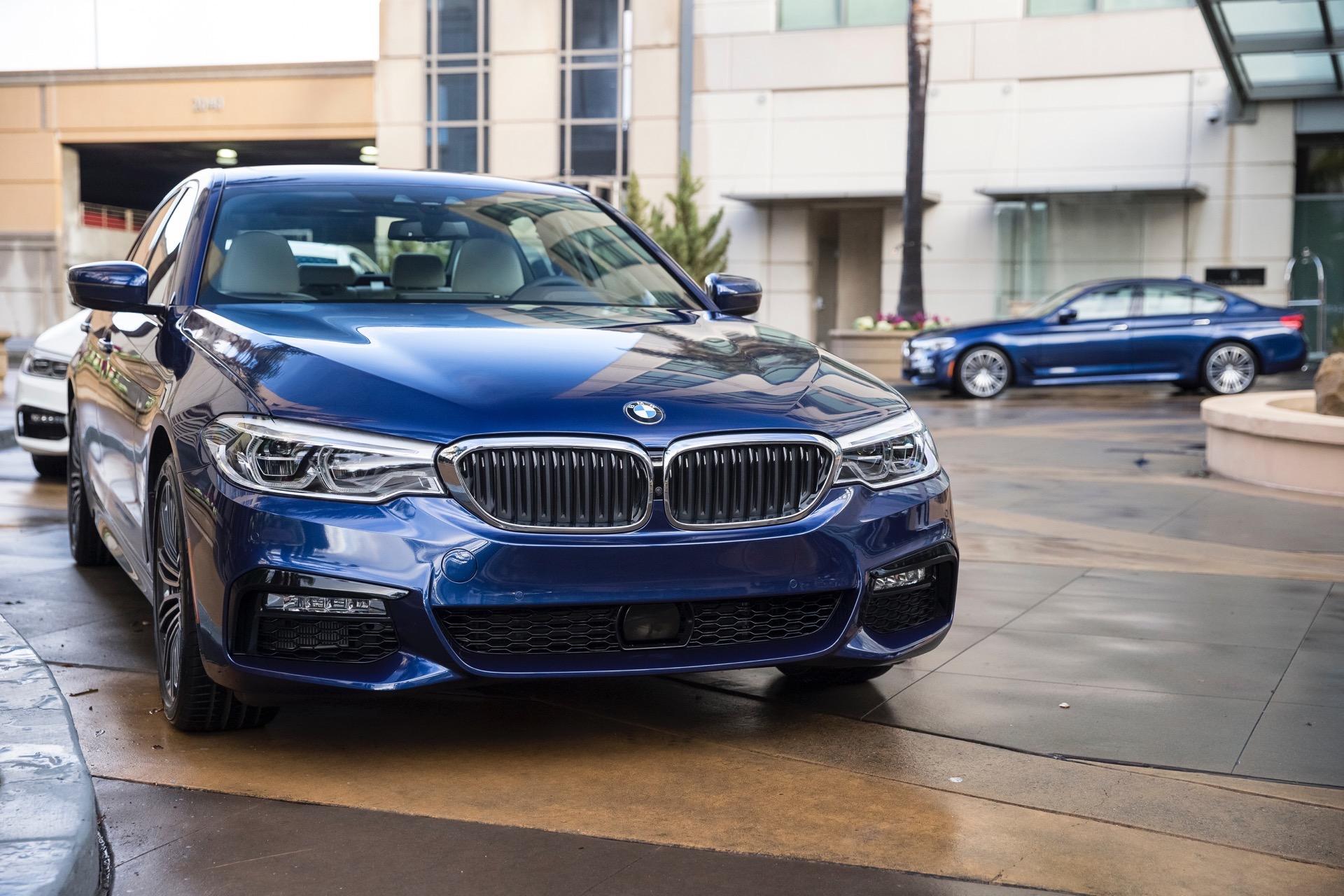 2017 BMW 5 Series G30206