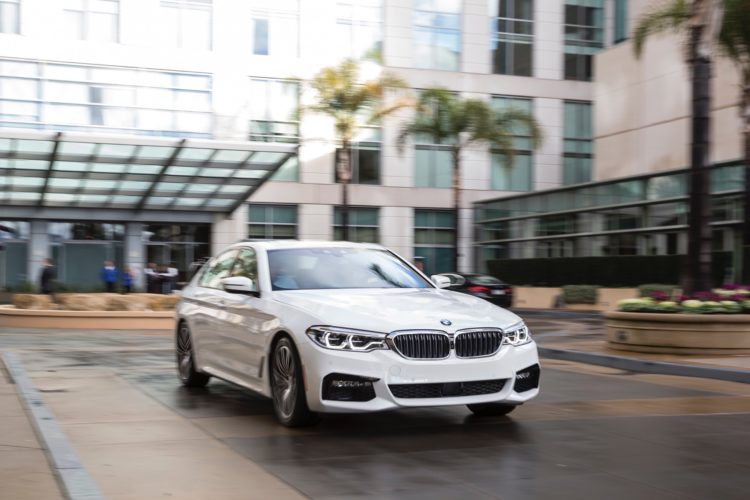 2017 BMW 5 Series G30224 750x500