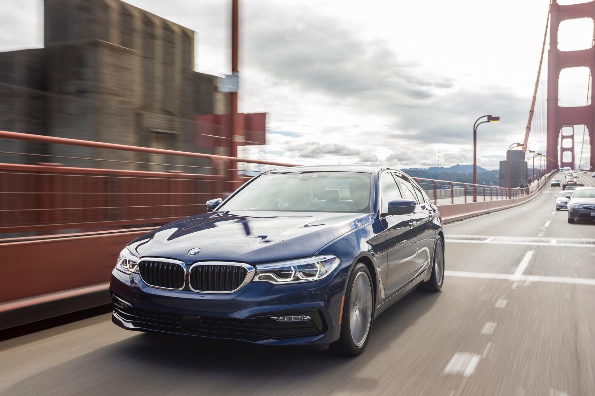 2017 BMW 5 Series G305