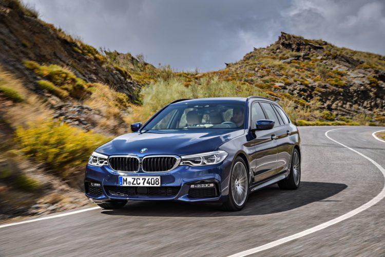 2017 BMW 530d xDrive Touring Image 13 750x500