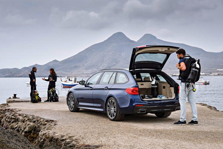 2017 BMW 530d xDrive Touring Image 16 750x500