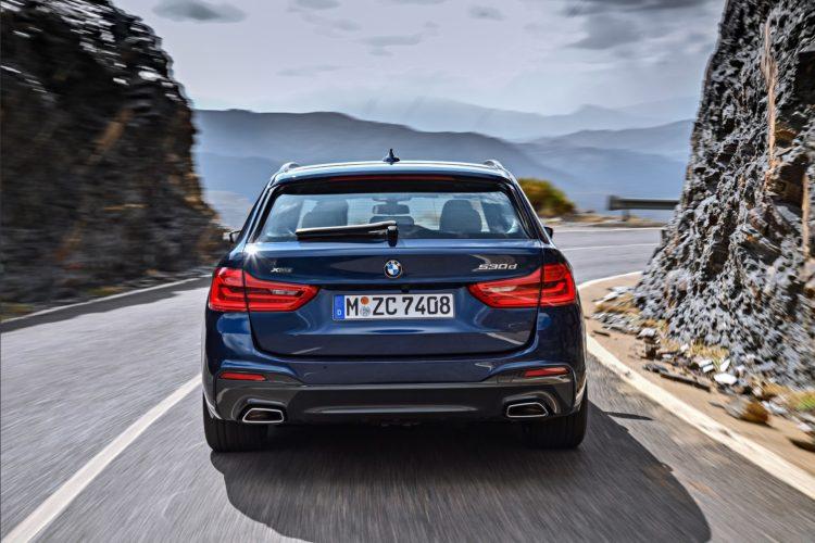 2017 BMW 530d xDrive Touring Image 27 750x500