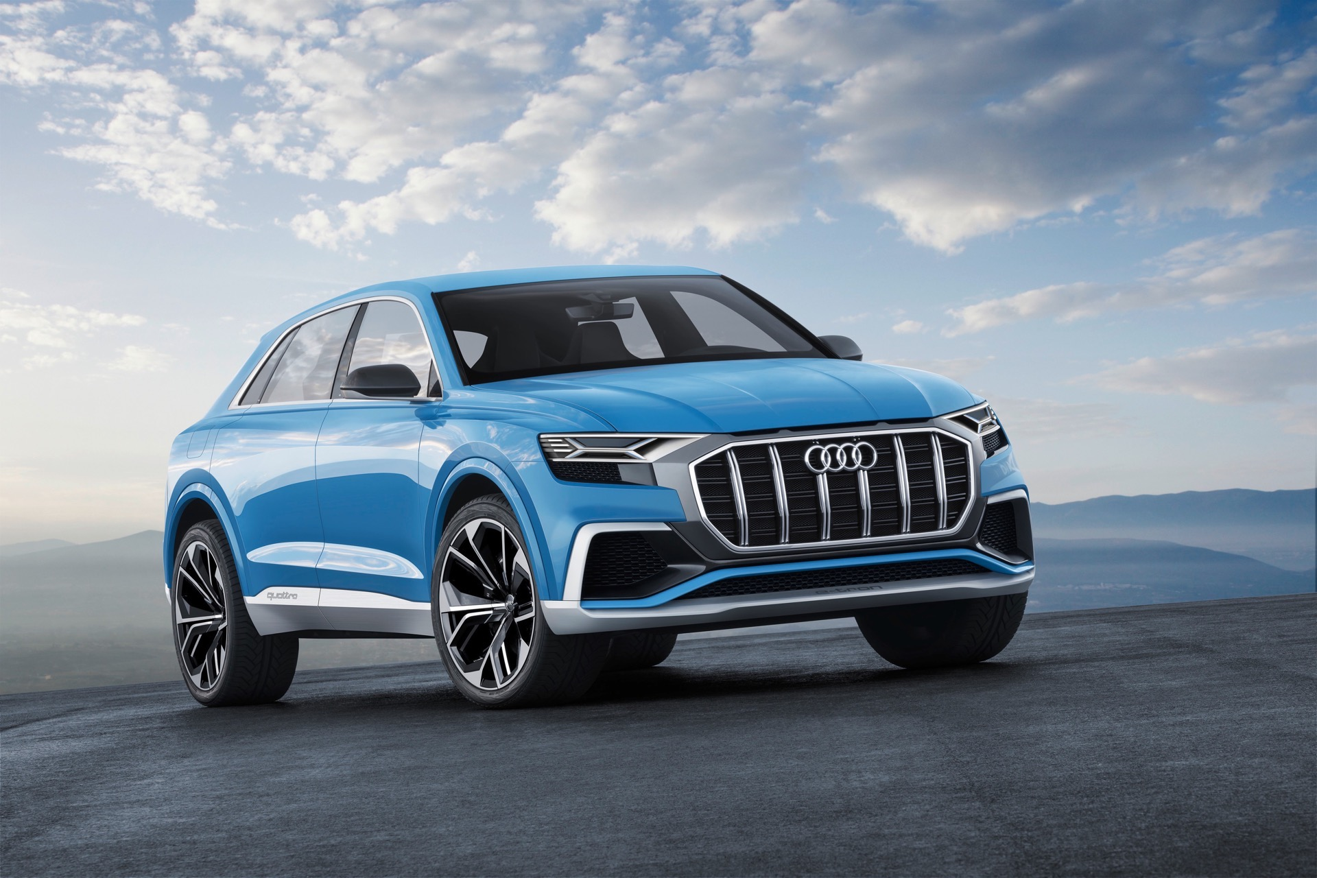 2018 audi q8 concept shows off hybrid powertrain. Black Bedroom Furniture Sets. Home Design Ideas