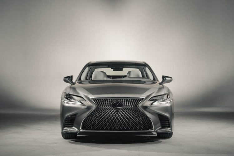 2018 Lexus LS 101 876x535 750x500