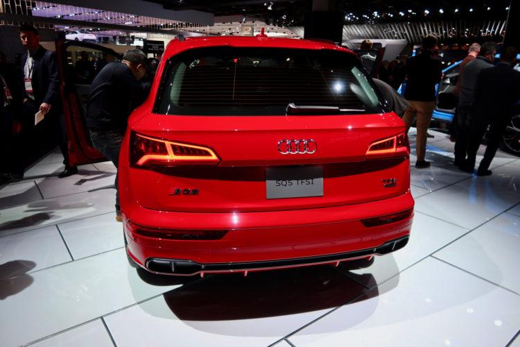 Audi-SQ5-Detroit-Auto-Show-11