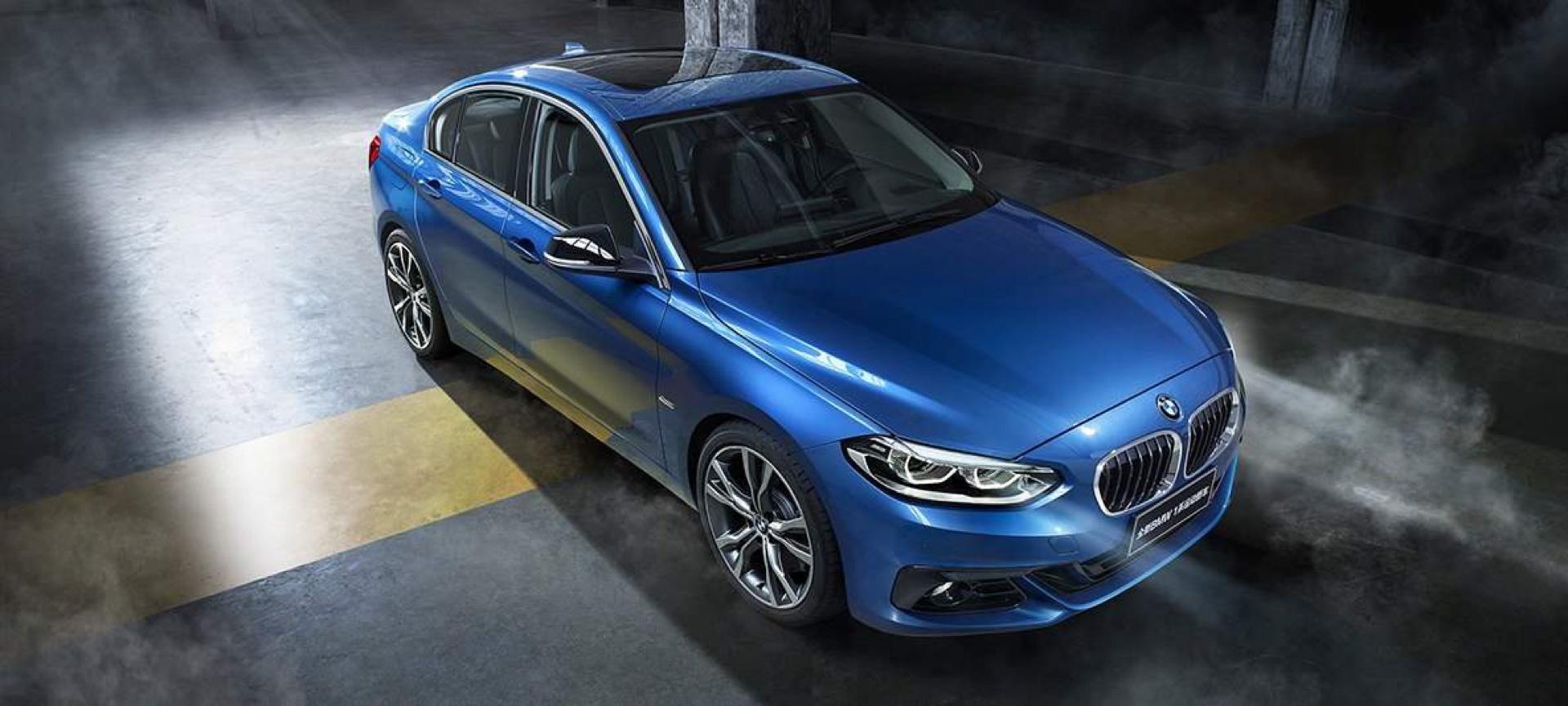 BMW 125i sedan 01