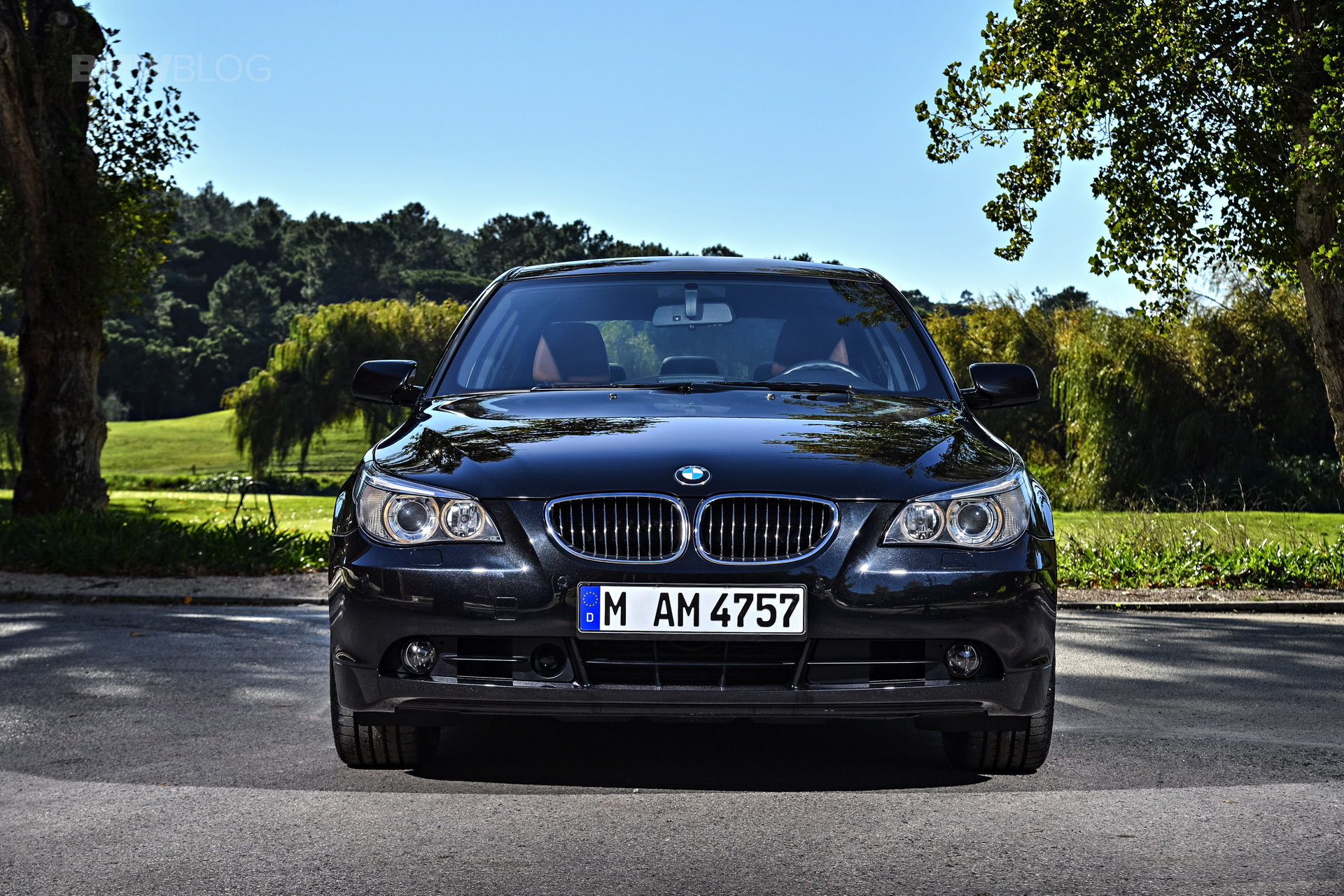 BMW E60 5 Series images 03