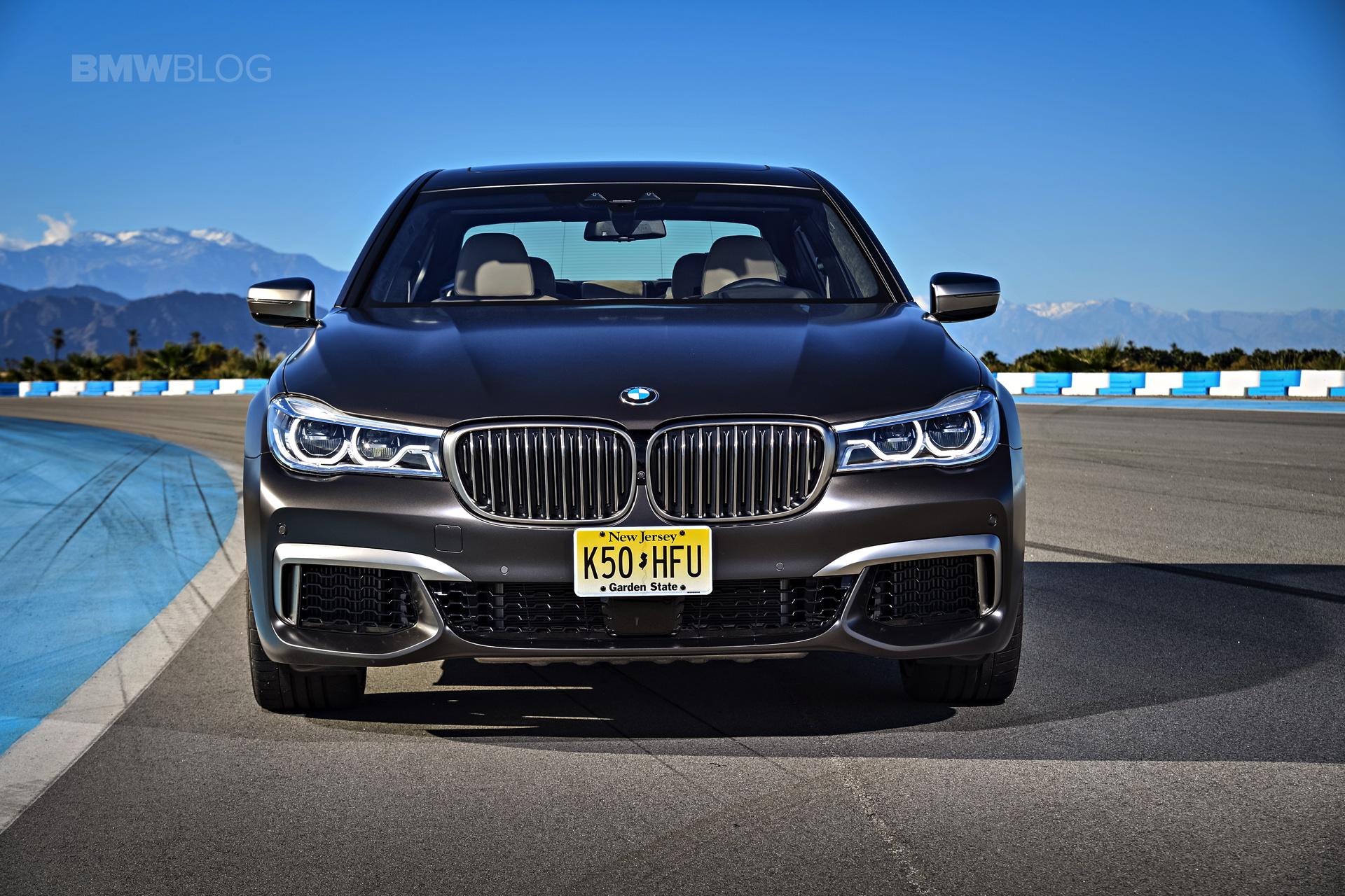 BMW M760Li xDrive race track 03