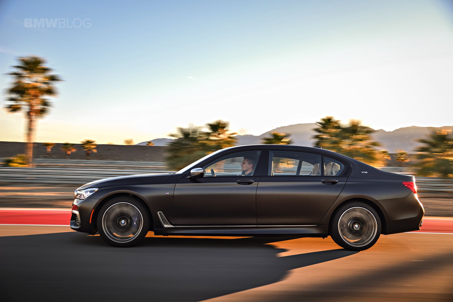 BMW M760Li xDrive race track 17