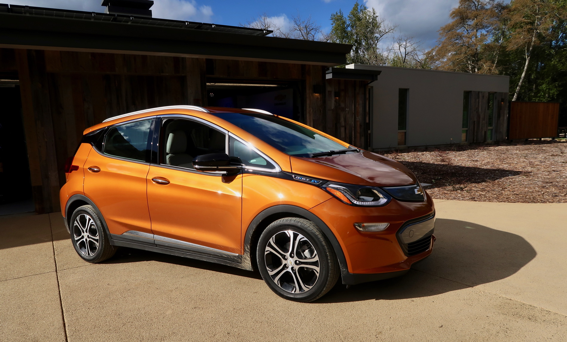 test drive  the 2017 chevy bolt electric car