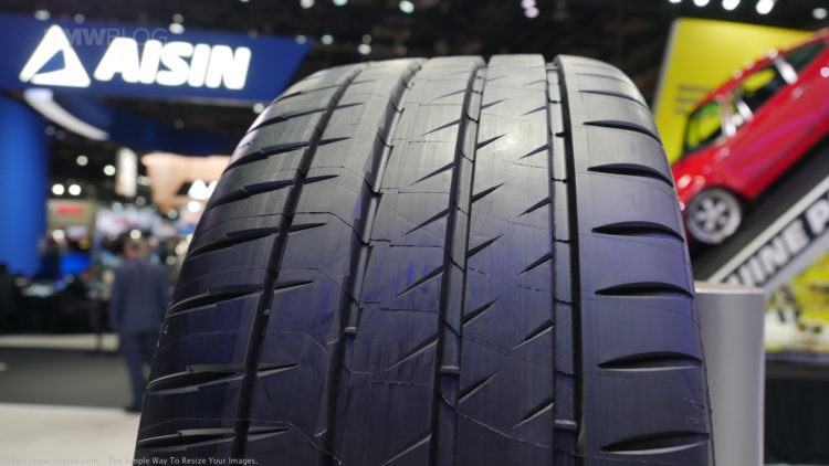 Tire Size Comparison >> Michelin introduces the PS4S at 2017 Detroit Auto Show