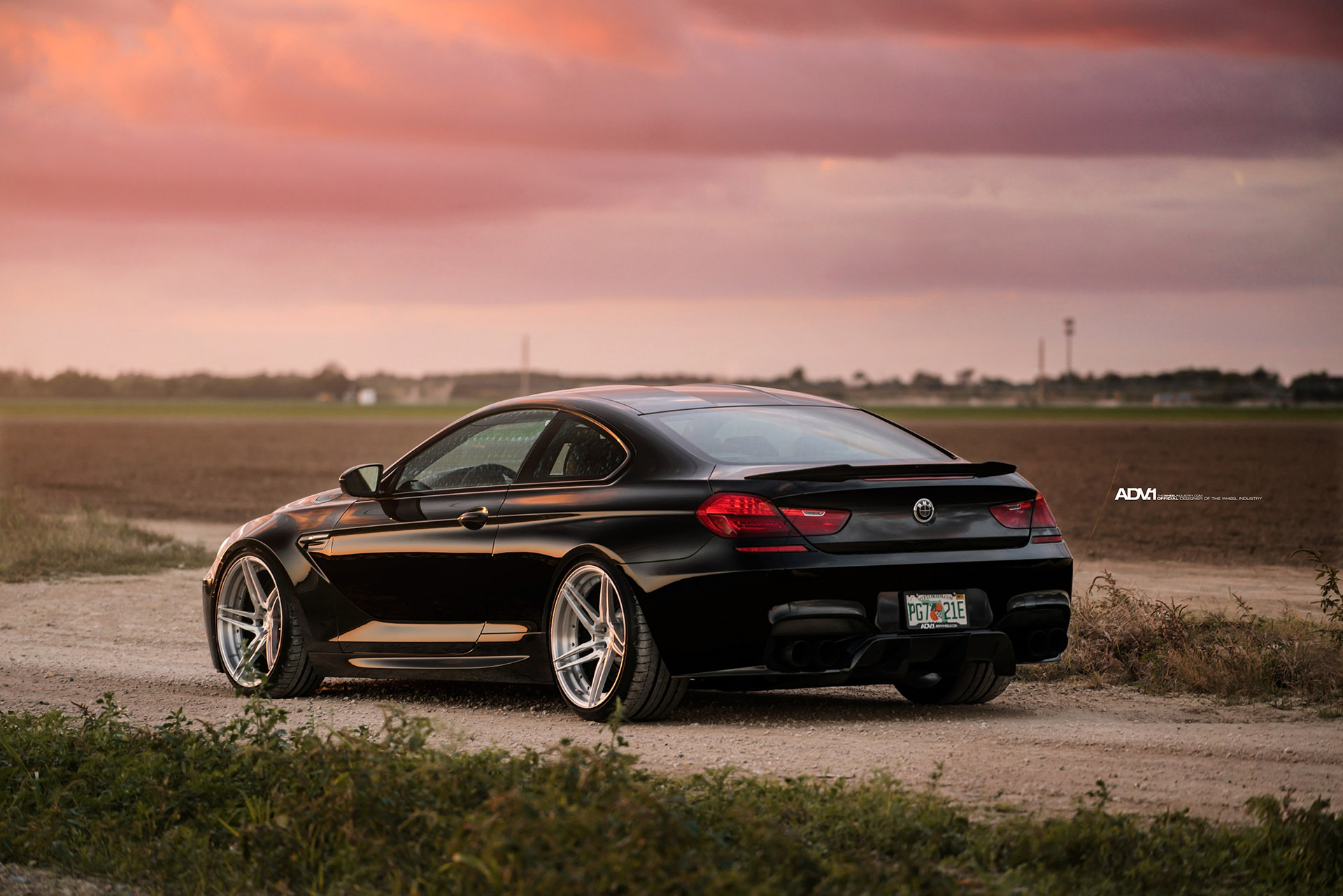 Black Sapphire Bmw M6 Adorned With Adv 1 Directional Wheels
