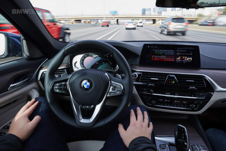 future of personalized, connected mobility-BMW-02