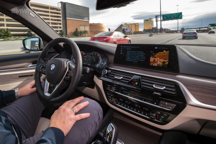 future of personalized, connected mobility-BMW-23