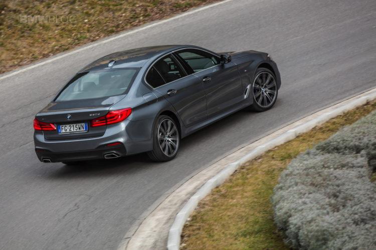 2017 BMW 5 Series Italy 38 750x500