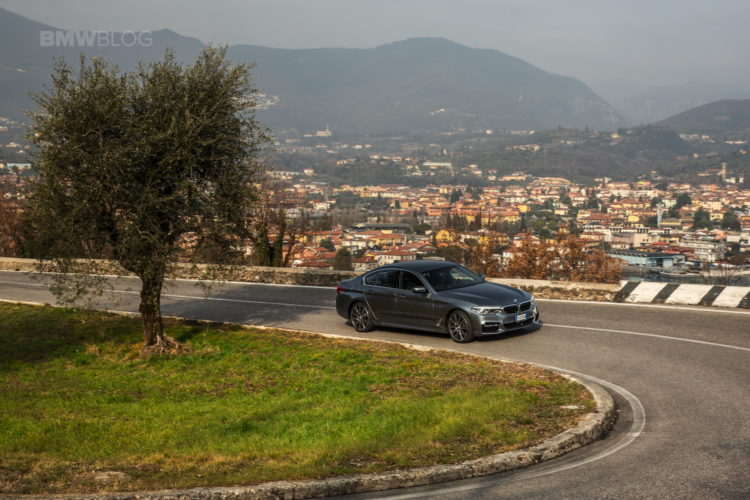 2017 BMW 5 Series Italy 48 750x500