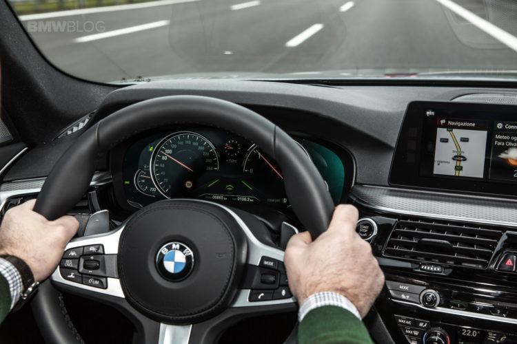 2017 BMW 5 Series Italy 53 750x500