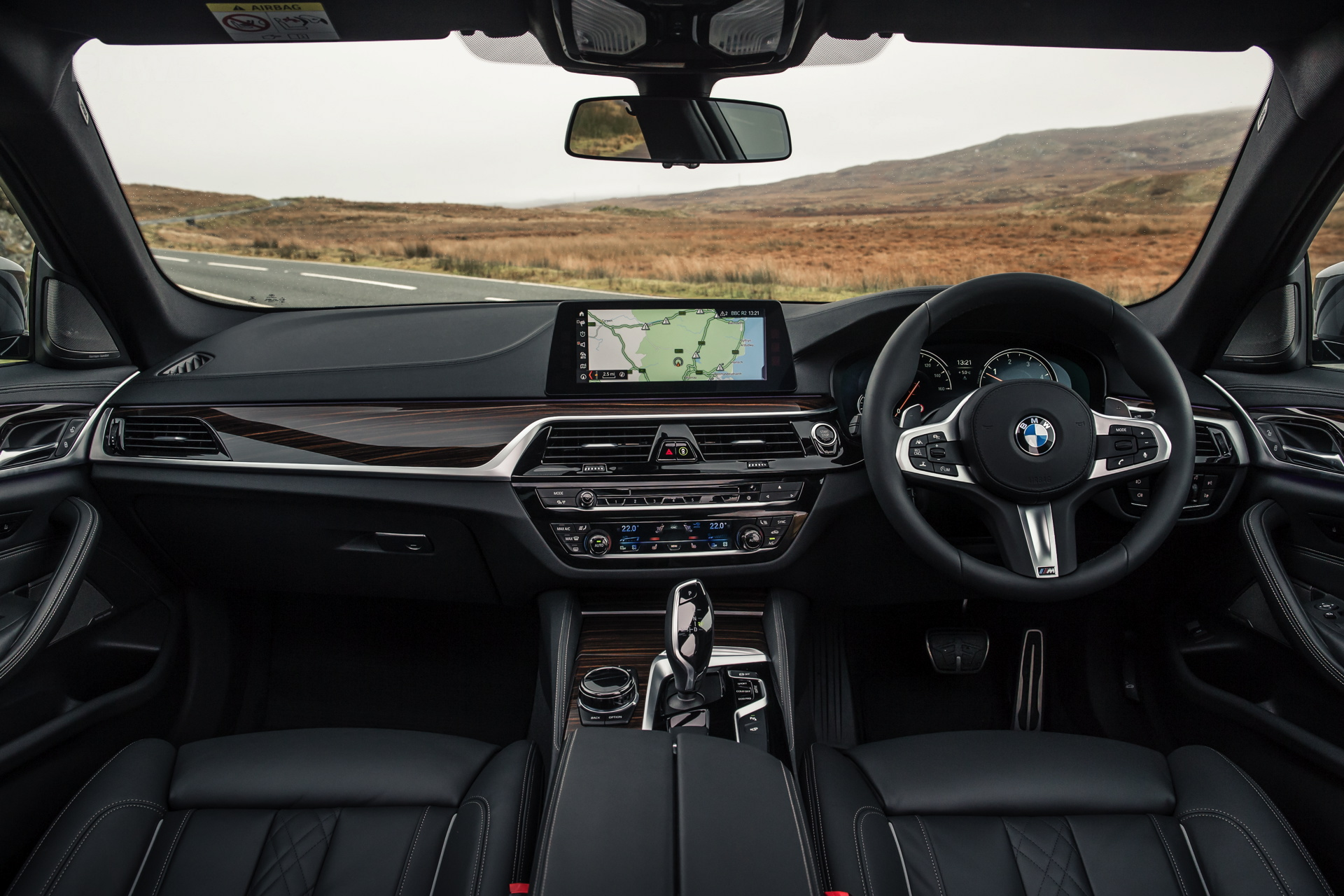 2017 bmw 530d xdrive m sport package launches in the uk. Black Bedroom Furniture Sets. Home Design Ideas