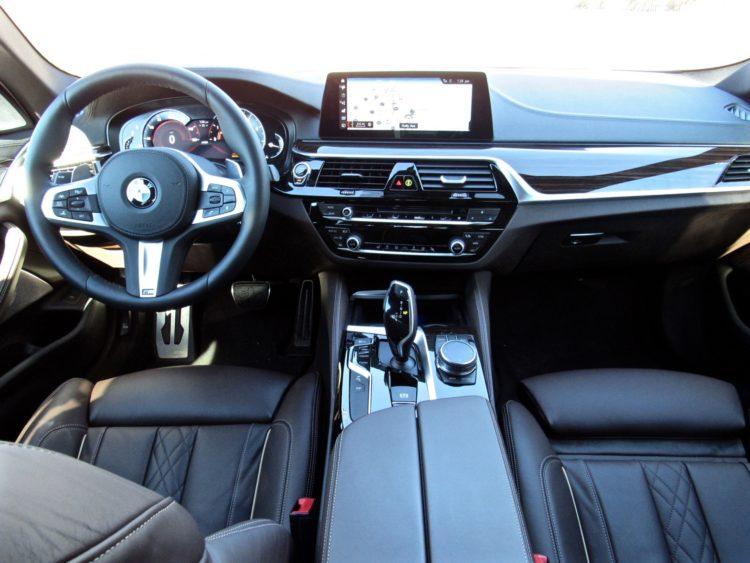 2017 BMW 530i sDrive M Sport24 750x563
