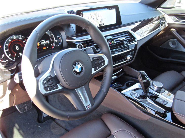 2017 BMW 530i sDrive M Sport29 750x563