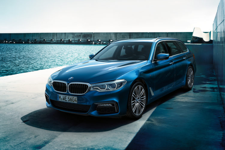 2017 BMW 5er Touring G31 Wallpaper 1920x1200 02 750x500