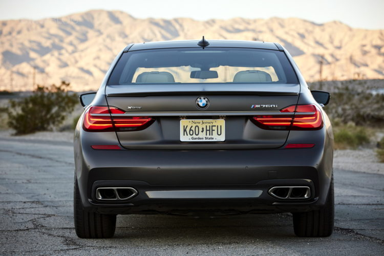 2017 BMW M760Li xDrive Palm Springs 108 750x500
