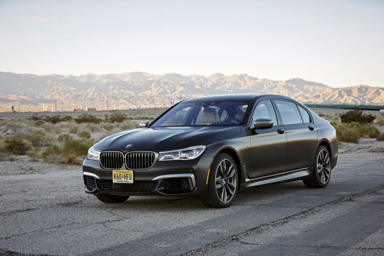 2017 BMW M760Li xDrive Palm Springs 110 750x500