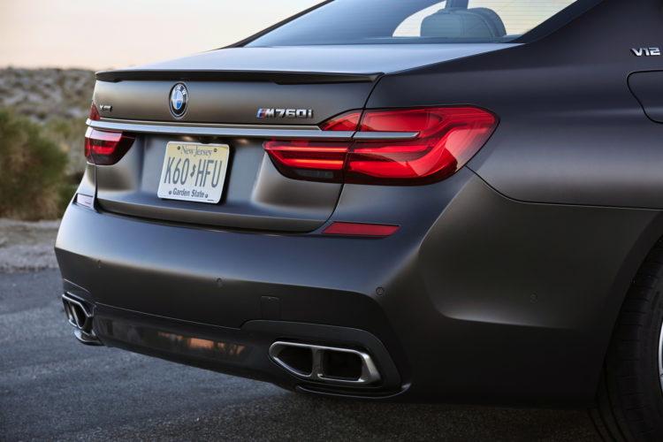 2017 BMW M760Li xDrive Palm Springs 120 750x500