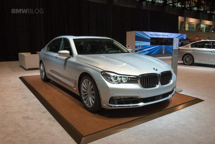BMW 2017 Chicago auto show 19 750x501