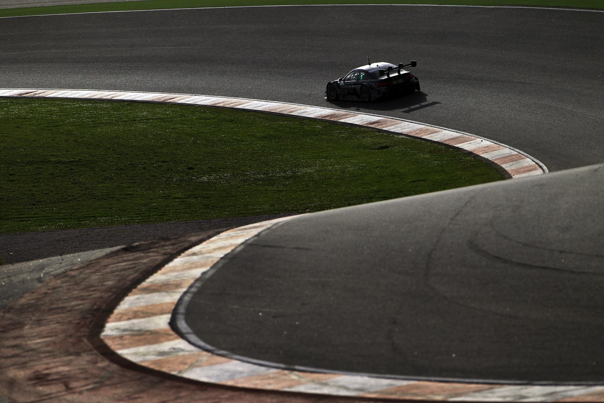 BMW M4 DTM Portimao 04
