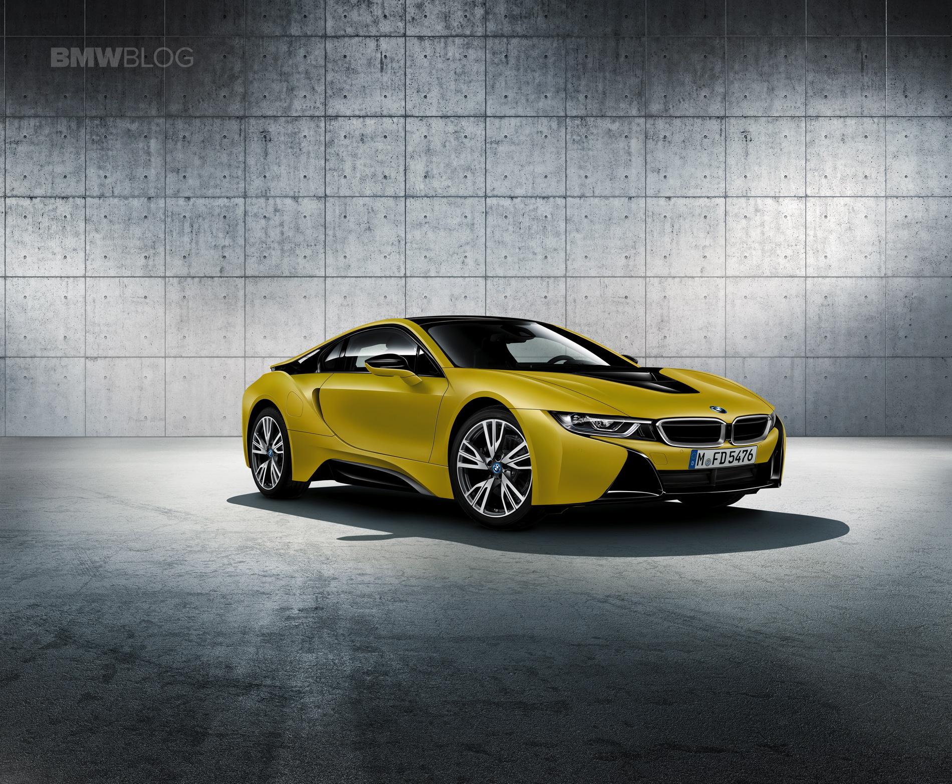 BMW i8 Protonic Frozen Yellow 01